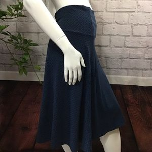 💙 SALE! 3/$15 Dark blue diamond Aline large skirt